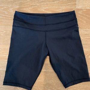 """Lululemon 10"""" Align shorts"""